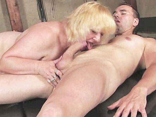 A well hung dude gives a fat granny rough pounding